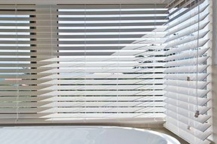 Plantation Shutters Fauxwood Blinds 720 480